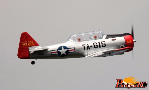 Dynam 1370mm At 6 Texan Warbird Rc Plane Pnp
