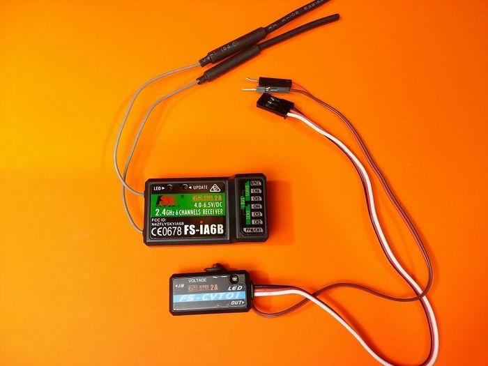 FlySky FS-i6 2 4GHz AFHDS 6CH RC Transmitter with FS-iA6B Receiver &  FS-CVT01 Voltage Sensor